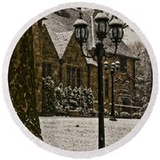 Snowing At Stokesay Castle Round Beach Towel