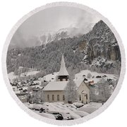 Snowing In The Valley Round Beach Towel