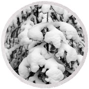 Snowy Tree - Black And White Round Beach Towel