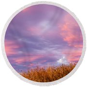Soft Diffused Colourful Sunset Over Dry Grassland Round Beach Towel
