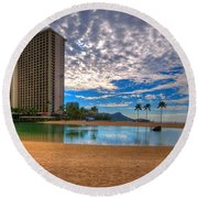 Somewhere In Honolulu Round Beach Towel