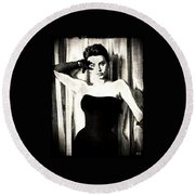 Sophia Loren - Black And White Round Beach Towel