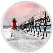 South Haven Light And Pier Round Beach Towel