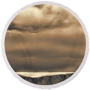 Southern Ocean In Black And White Round Beach Towel
