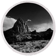 Southwestern Beauty In Black And White Round Beach Towel