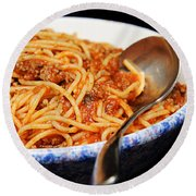 Spaghetti And Meat Sauce With Spoon Round Beach Towel