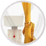 Spaghetti And Scale Round Beach Towel