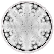 Spiderweb Dewed Snowflake Round Beach Towel