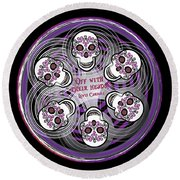 Spinning Celtic Skulls In Purple Round Beach Towel
