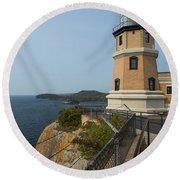 Split Rock Lighthouse 100 Round Beach Towel
