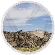 Split Rock Wyoming Round Beach Towel