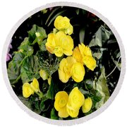 Spring Delight In Yellow Round Beach Towel