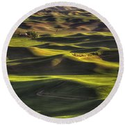 Spring On The Palouse Round Beach Towel