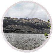 Spring Snow In The Highlands Round Beach Towel