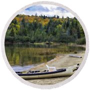 Squareback Canoe With Engine Round Beach Towel