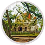 St. Charles Ave. Mansion Paint Round Beach Towel