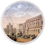 St James Palace And Conservative Club Round Beach Towel