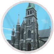 St Patrick Cathedral Round Beach Towel