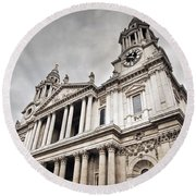 St Pauls Cathedral In London Uk Round Beach Towel
