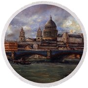 St. Paul's  Cathedral  - London Round Beach Towel