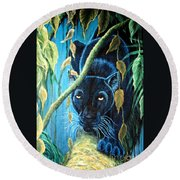 Stalking Black Panther Round Beach Towel