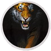 Stalking Tiger Round Beach Towel