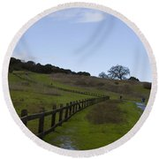 Stanford University The Dish Hiking Trail Round Beach Towel