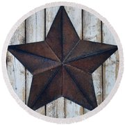 Star On Barn Wall Round Beach Towel