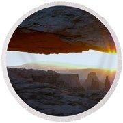Starburst At Mesa Arch Round Beach Towel