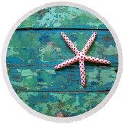 Seashore Peeling Paint - Starfish And Turquoise Round Beach Towel