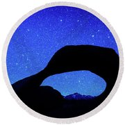 Starry Arch At Mobius Arch, Alabama Round Beach Towel