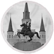 Statue Of Andrew Jackson In Black And White Round Beach Towel