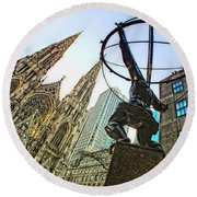 Statue Of Atlas Facing St.patrick's Cathedral Round Beach Towel