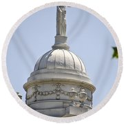 Statue Of Justice On Top Of New York City Hall Round Beach Towel