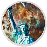 Statue Of Liberty - She Stands Round Beach Towel