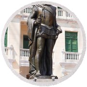Statue Of Pedro De Heredia Round Beach Towel