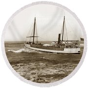 steam-schooner Elizabeth circa 1914 Round Beach Towel