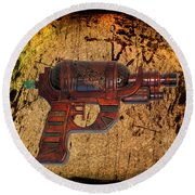 Steampunk - Gun - Ray Gun Round Beach Towel
