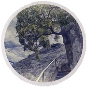 Steps To Beauty On Moro Rock Round Beach Towel