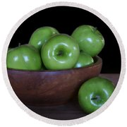Still Life With Green Apples Round Beach Towel