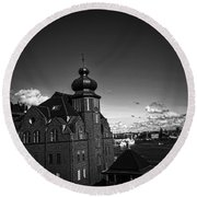 Stockholm In Dark Black And White Round Beach Towel
