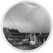 Storm On The Farm In Black And White Round Beach Towel