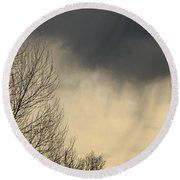 Storm Virga Over Rogue Valley Round Beach Towel