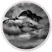 Storms Over Tantalus Round Beach Towel
