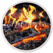 Stove - The Yule Log  Round Beach Towel