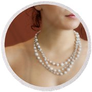 Strand Of Pearls Round Beach Towel