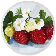 Strawberries With Blossoms Round Beach Towel