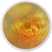 Strawflower IIi With Textures Round Beach Towel
