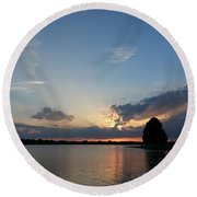 Strong Rays Round Beach Towel