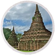 Stupas Of Wat Mahathat In 13th Century Sukhothai Historical Park-thailand Round Beach Towel